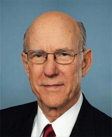 Congressman Pat  Roberts